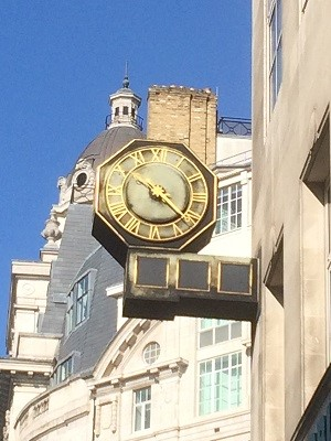 Gracechurch Street clock